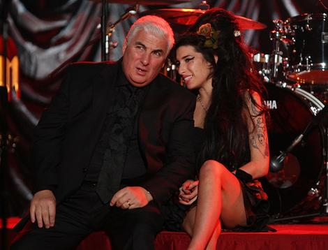 Mitch Winehouse y su hija Amy Winehouse